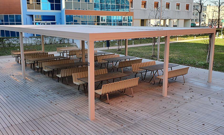 Universite Open Air Avec La Pergola Vision De Pratic Brescia Pratic