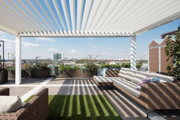 Foto terrazzi con copertura bioclimatica grazie all'installazione di Opera con lame orientabili