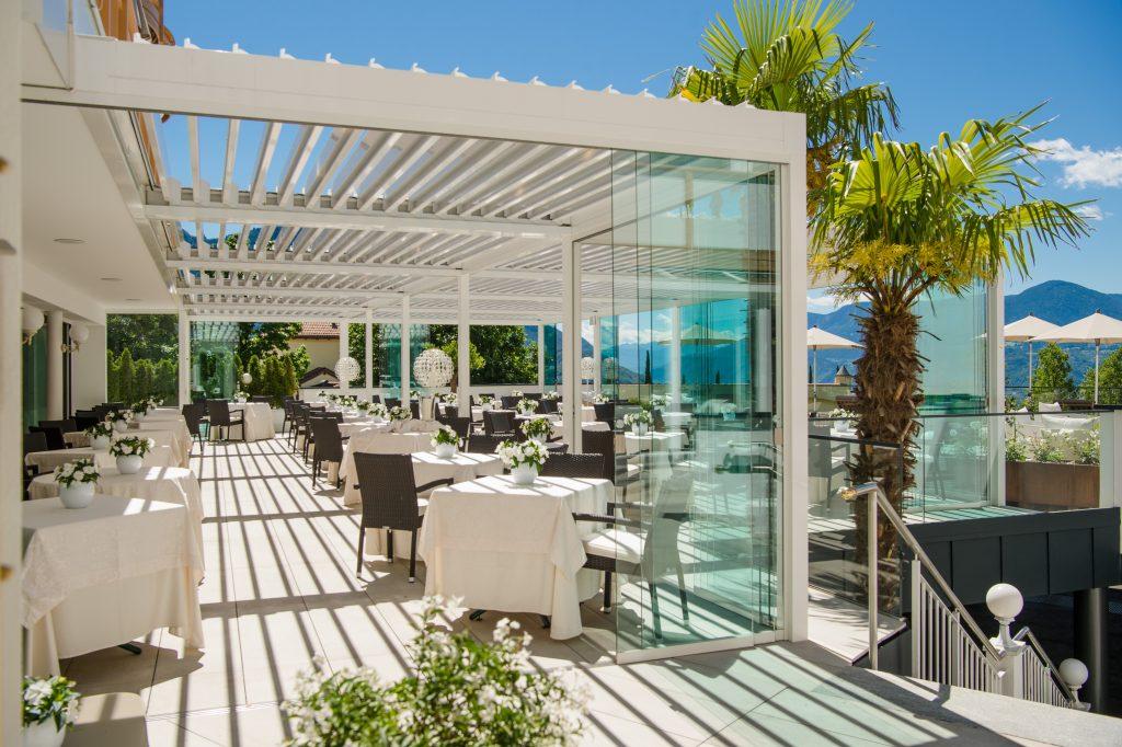 Pergola mit Glasfenstern für Hotelrestaurants